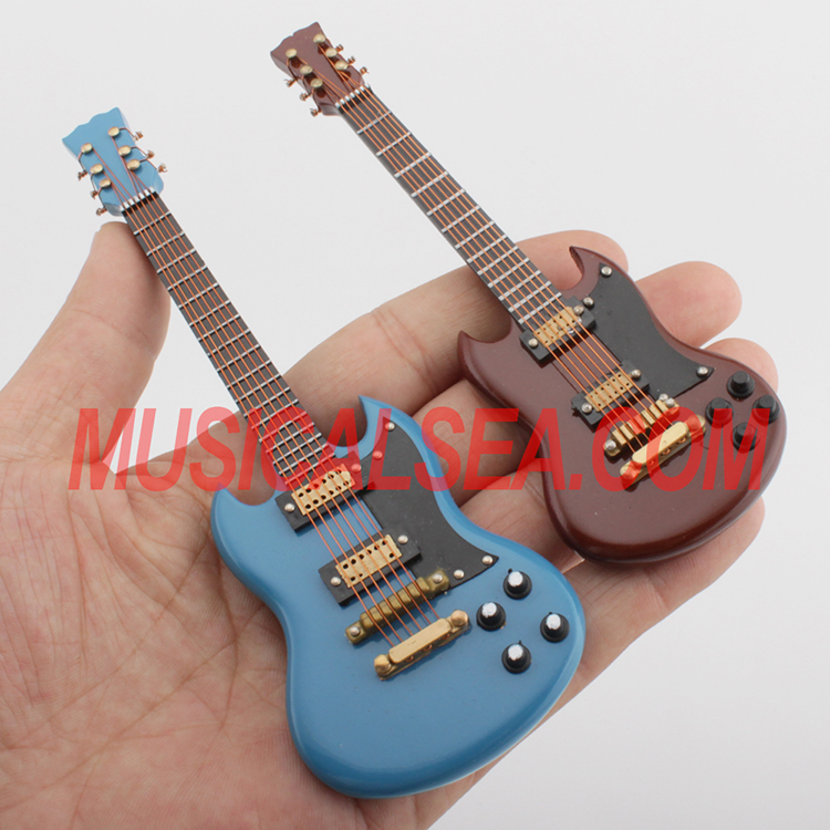 Toy Violins For 3 And Up : Miniature musical instruments