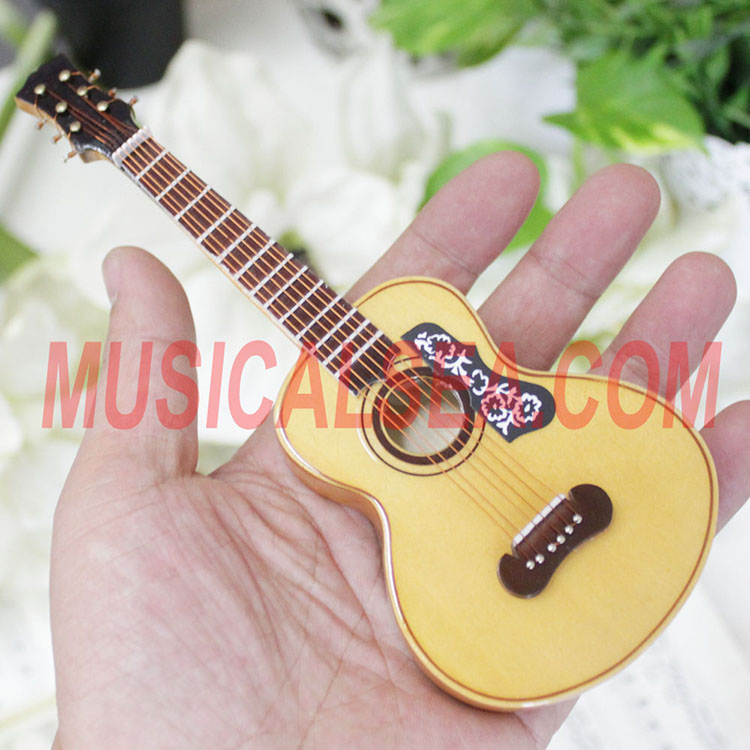 Wooden miniature guitar craft for 2016 promot